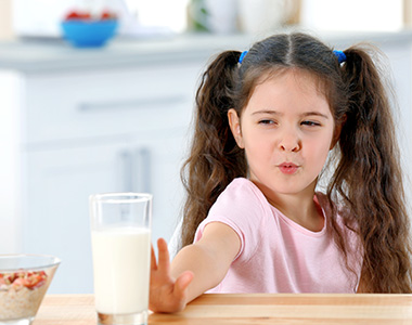 8 tips to handle picky eaters