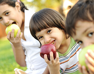 Help your Hyperactive Child with Healthy Nutrition